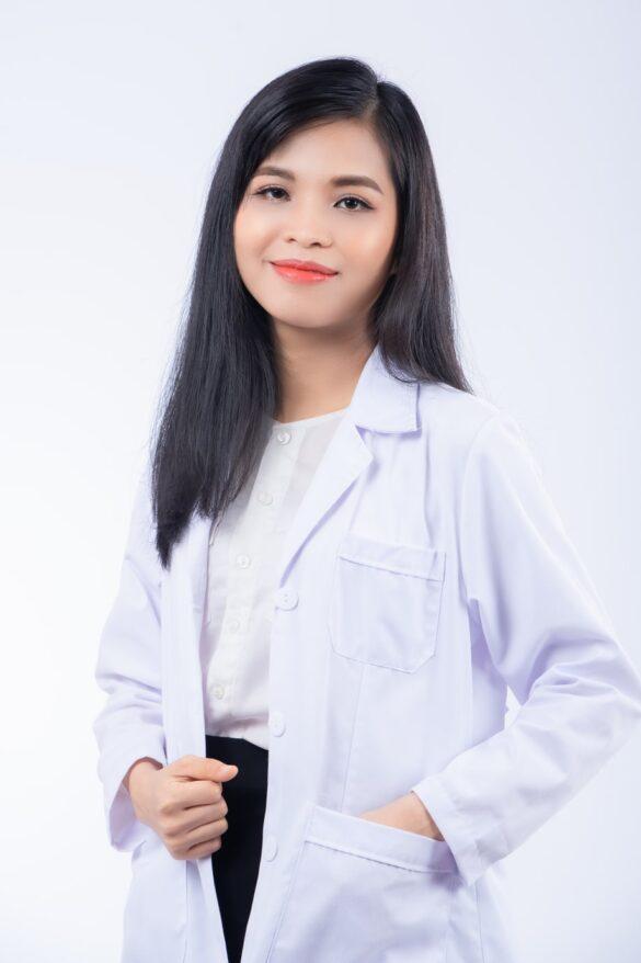ảnh nữ bác sĩ đẹp