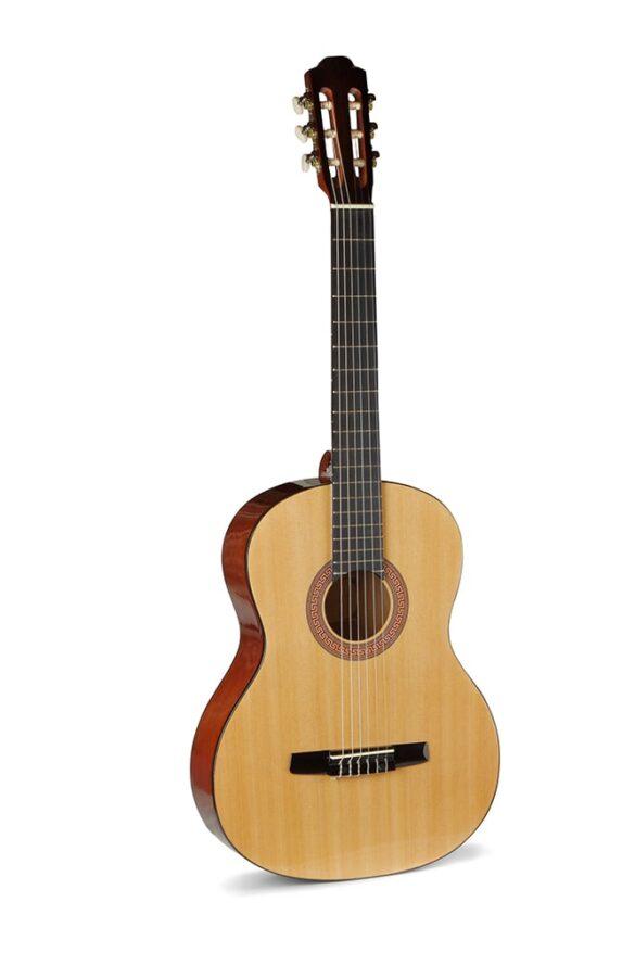 Anh guitar 1